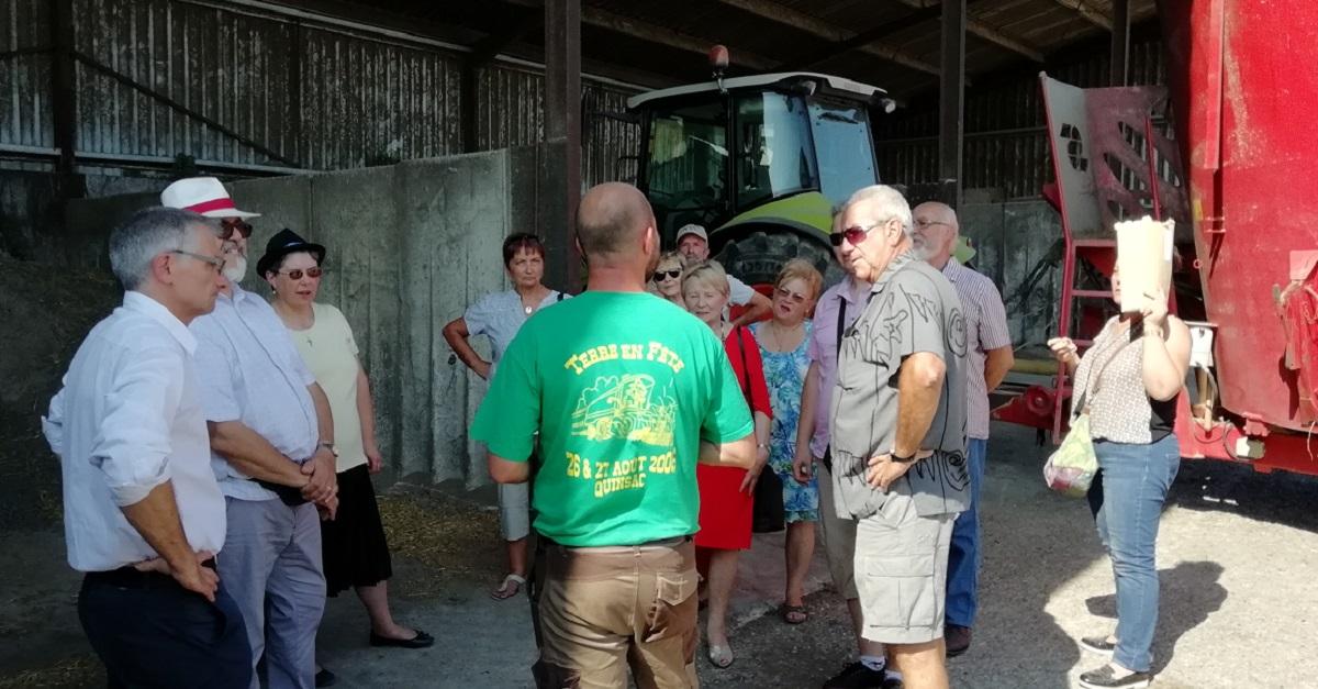Les coopérateurs visitent la ferme du GAEC du Galeix !